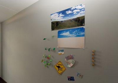 Magneet behang plakken