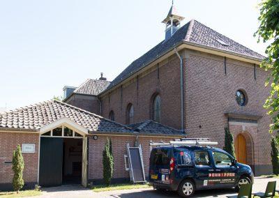 Protestantse_kerk_Beuningen_01